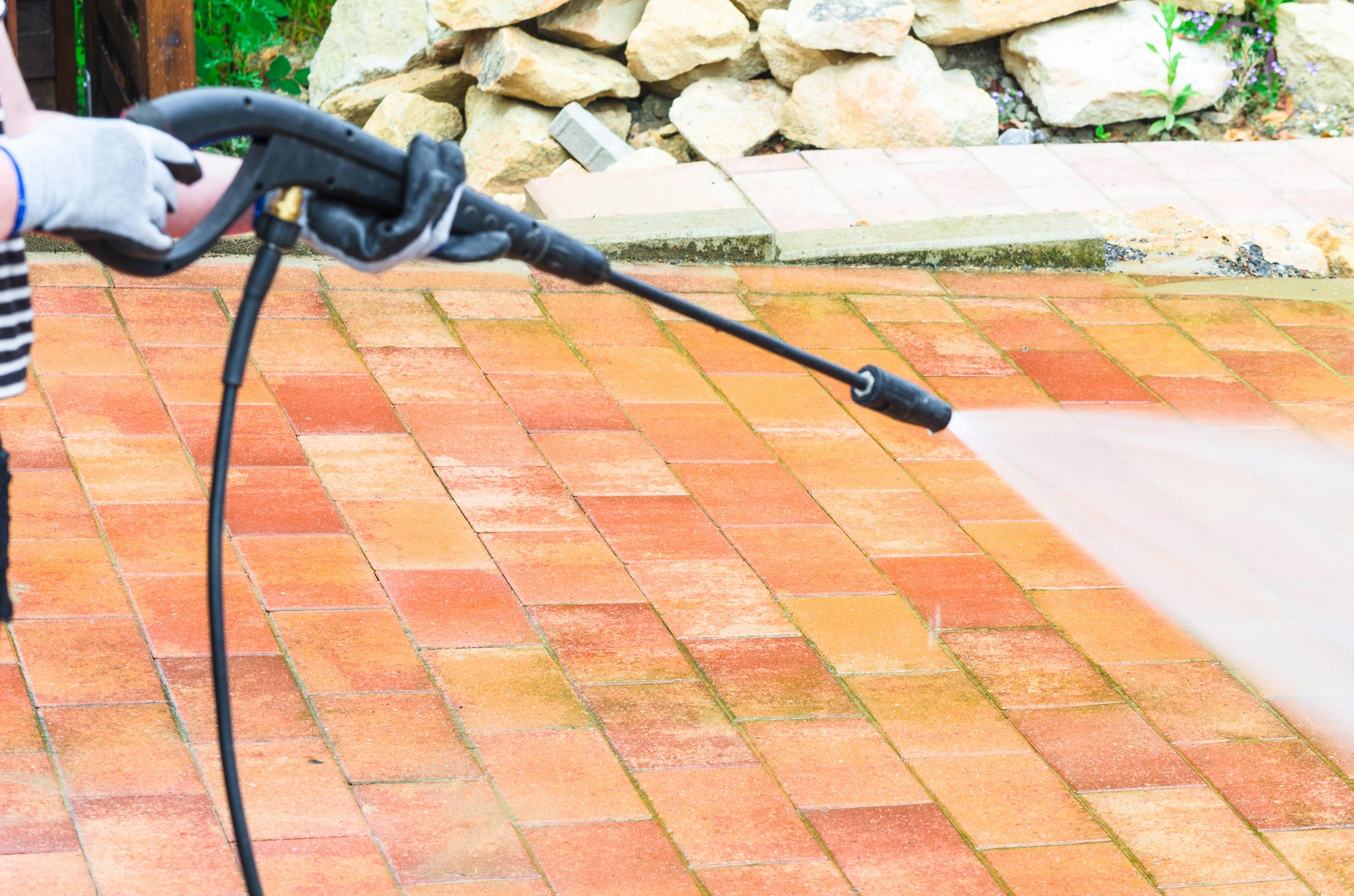Gaston Gutter Cleaning of Vancouver - Pressure Washing